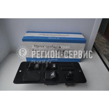 4320-3805015-Щиток приборов выключателей фото
