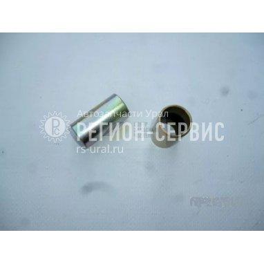 У4320-1801040-Втулка распорная подушки раздаточной коробки фото